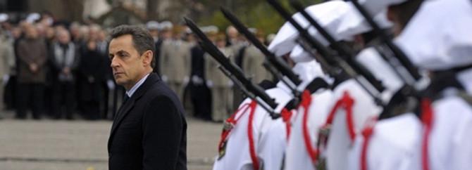 Sarkozy'nin bakanına dava