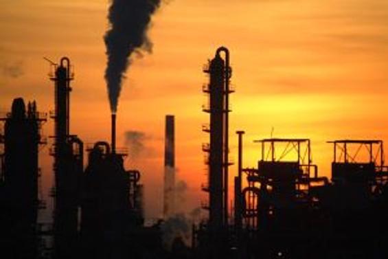 Sanayi üretimi nisanda yüzde 18,5 geriledi