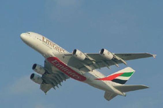 Emirates'te, havada cep ve internet başlıyor