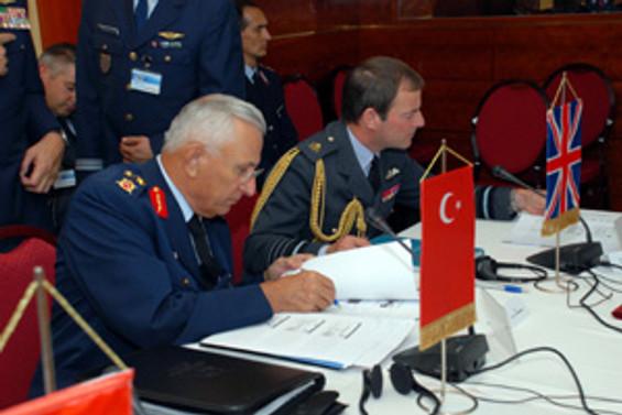 Hava Kuvvetleri Komutanları bir arada
