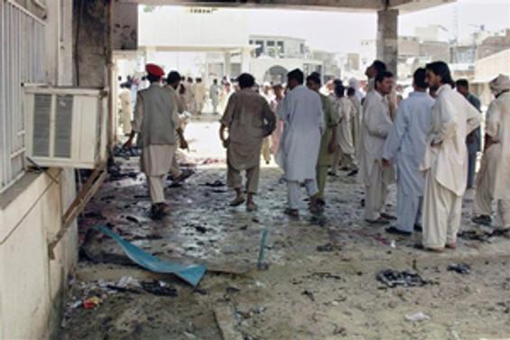 Pakistan'da hastanede patlama: 23 ölü