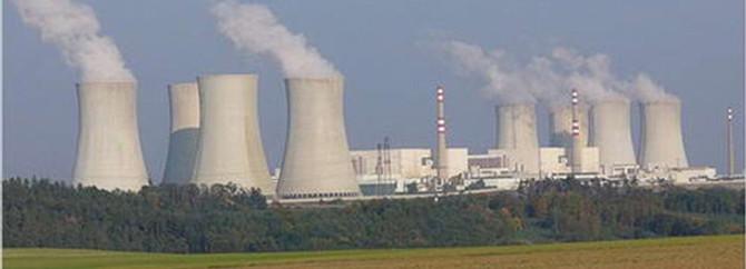 Pakistan Çin'den nükleer yardım istedi