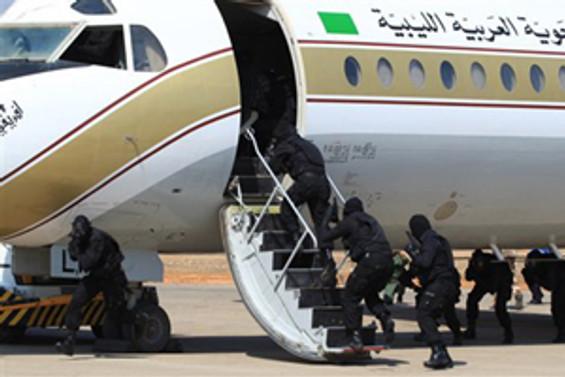Sudan yolcu uçağı kaçırıldı