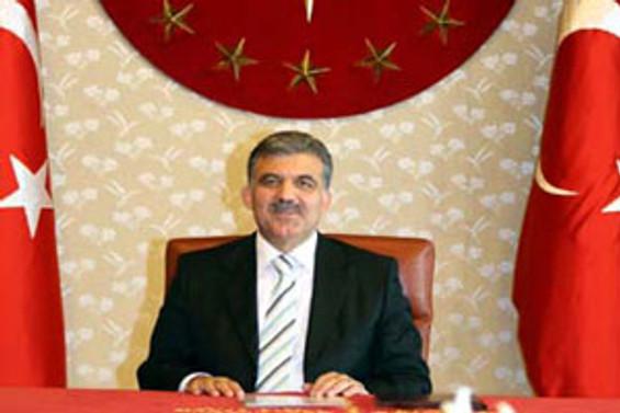 Gül'den 'elektronik haberleşme'ye kısmi veto