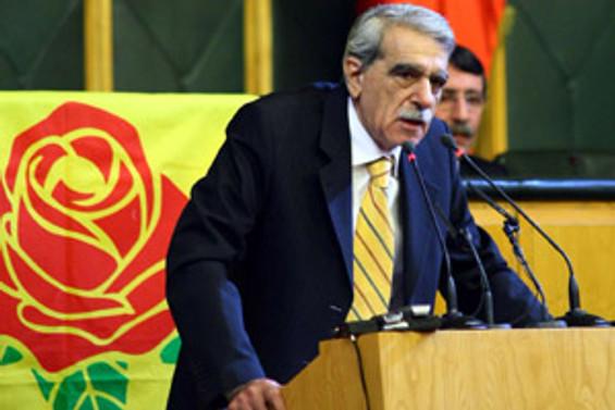 """""""AKP krizi zamlarla aşmaya çalışıyor"""""""