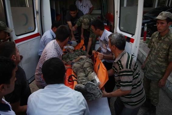 Mültecileri taşıyan iki tekne battı; 21 ölü