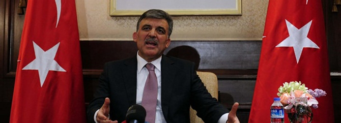 Cumhurbaşkanı Gül pilotlar için devrede