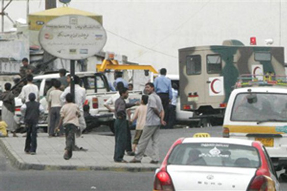 Yemen'de İngiliz diplomat konvoyu saldırıya uğradı