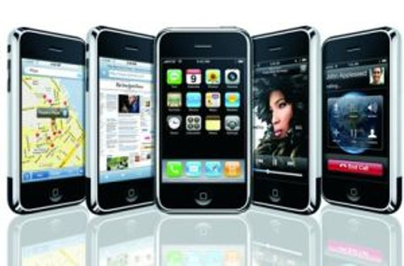 iPhone satışları Blackberry'i geçti