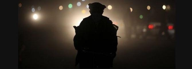 Kıstırılan polis intihar etti