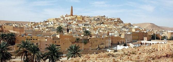 """Cezayir'de """"iktidar"""" yine muktedir"""