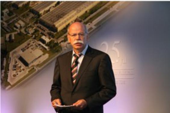 Piyasaların düzelmesiyle Daimler kara geçti
