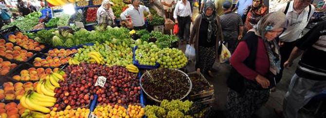 Meyve- sebze fiyatları bir haftada % 15 arttı