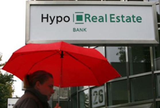 Hypo, 3.1 milyar euro zarar etti