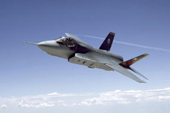 Türkiye'nin ortak olduğu F-35'ler 'dikey iniş' testini geçti