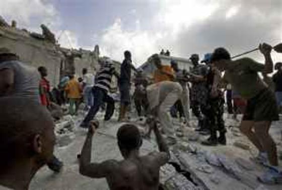 Haiti'deki okulda ölü sayısı 82'ye çıktı