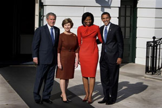 Obama, Bush ile bir araya geldi