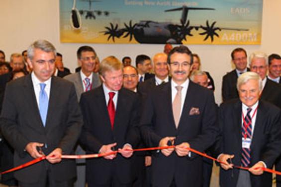 Fokker Elmo'nun ESBAŞ'taki fabrikası açıldı