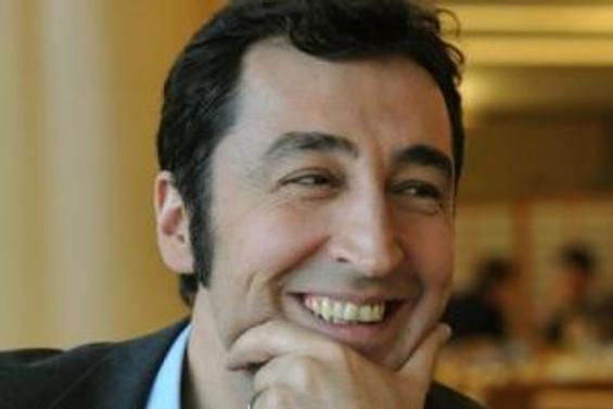 Cem Özdemir, Alman Yeşiller'e 'eş başkan' oldu