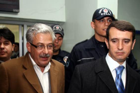 Rektör Okudan, tutuklandı