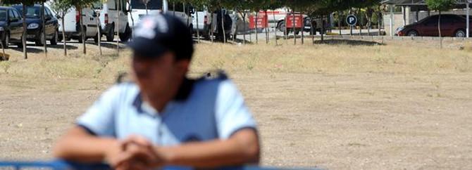 Bıçaklı kavgada polisler de yaralandı