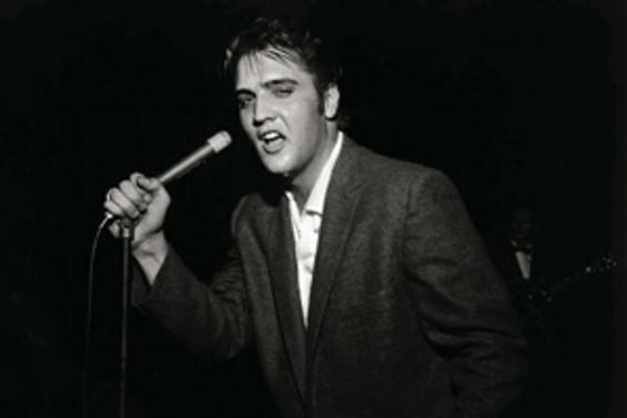Elvis Presley anılıyor