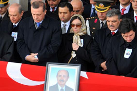 MHP'li Aktan'a veda töreni düzenlendi