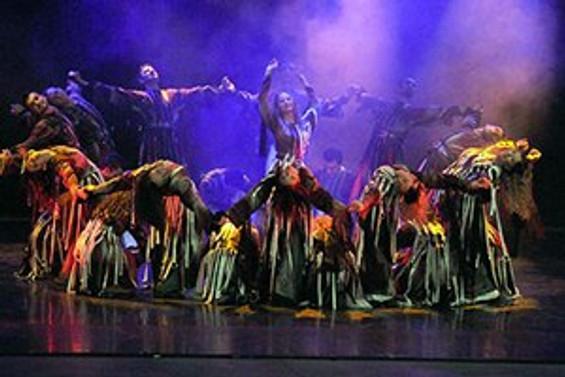"""Modern dansla """"Sanatın İfadesi"""""""
