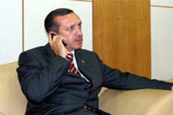 Başbakan Erdoğan, Talabani ile telefonda görüştü