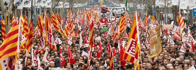 İspanya'da sağlıkçıların direnişi sürüyor