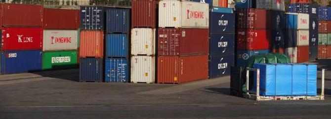 Dış ticaret açığı beklentilerin üzerinde