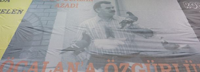 Öcalan'a haftada 3 saat sohbet hakkı