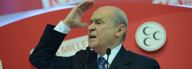 Türk milleti parçalanma yoluna giriyor