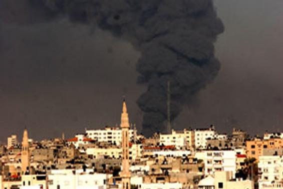 Gazze Şeridi dün yine bombalandı