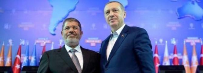 Erdoğan Mursi'yi tebrik etti