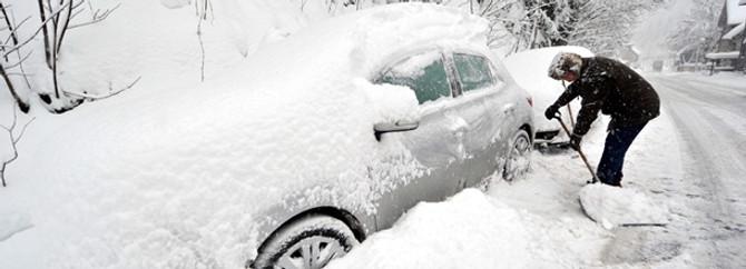 Balkanlar'da soğuk hava hayatı felç etti