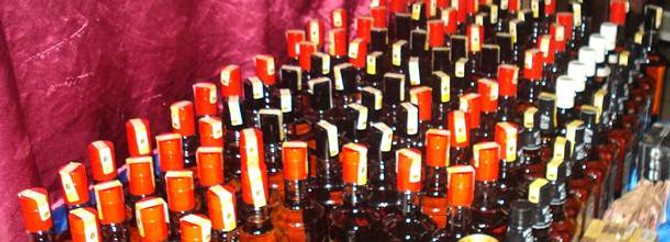 Bin 910 şişe kaçak içki ele geçirildi