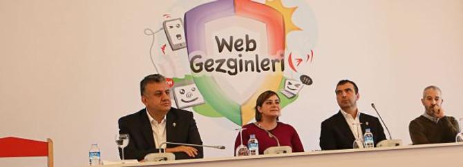 Bilinçli internet için 'Keşf@' hareketi başladı