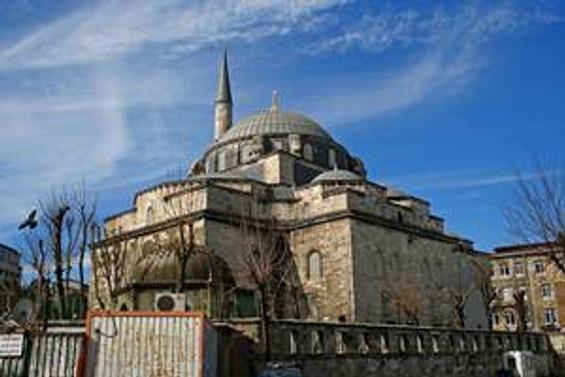 Atik Ali Paşa Camisi yenileniyor