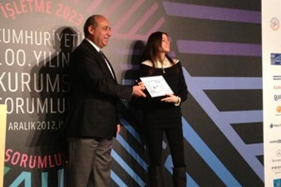 Sosyal İnovasyon Merkezi'ne Kurumsal Sosyal Sorumluluğa Katkı Ödülü