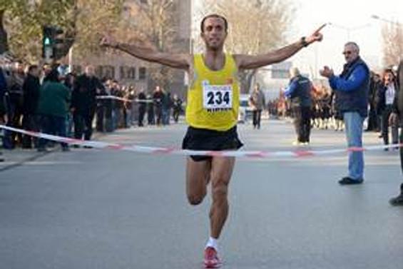 77. Büyük Atatürk Koşusunu Tekgöz ve Özata kazandı