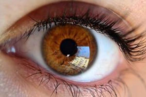 Sigara göz sağlığını da olumsuz etkiliyor