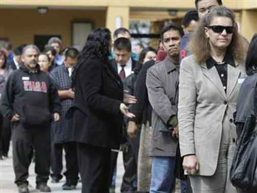 İşsizlik maaşı başvuruları beklentilerin altında