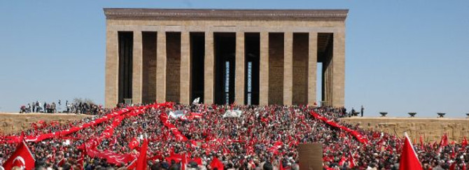Anıtkabir'i yaklaşık 143 bin lişi ziyaret etti