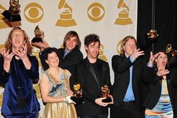 """""""Grammy""""de 'açık saçık giyinmeyin' uyarısı"""
