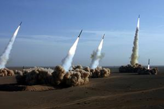 Kuzey Kore'nin 18 füze fırlattığı iddia edildi