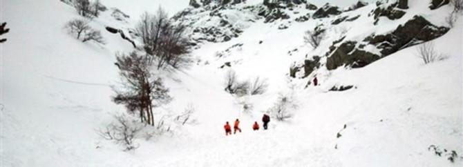 Kaybolan dağcı ölü bulundu