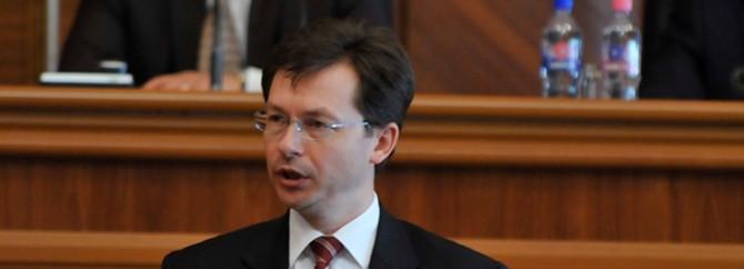 Moldova'da Maliye Bakanı Negruta suçlanıyor