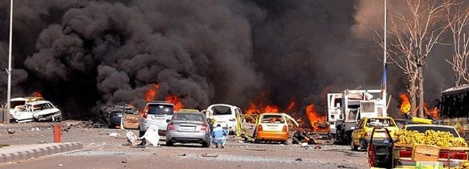 17 araç içindekilerle beraber yandı