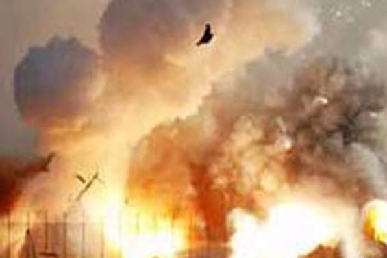 Benzin istasyonunda patlama